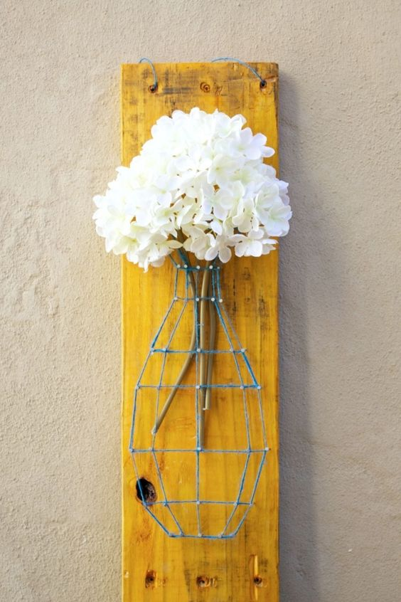 Pallet Projects for Decorating Your Home