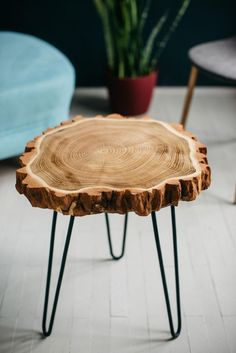 Table basse en bois dalle
