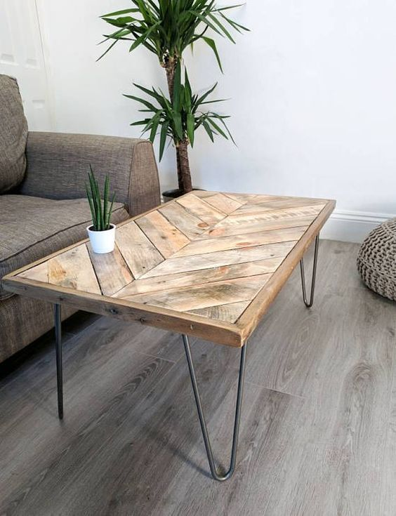 une table basse industrielle